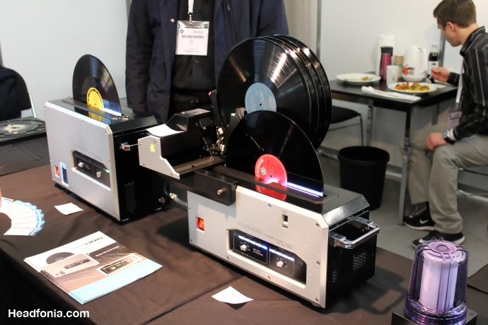Vinyl Cleaner 1