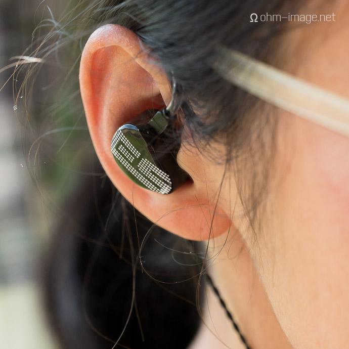 earsonics-s-em9-2