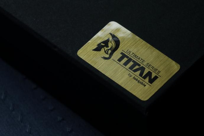 labkable Titan Au