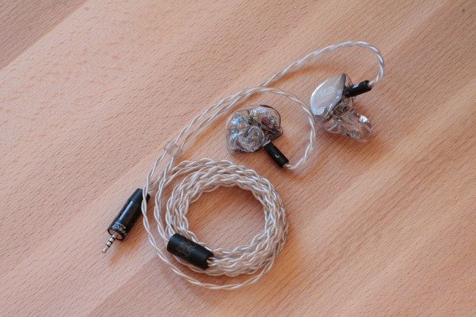 64 Audio A12t