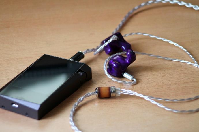 Jomo Audio Quatre