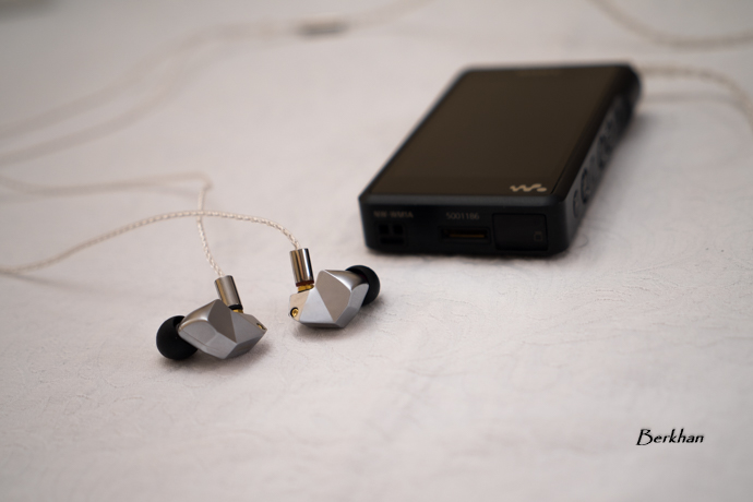 Final Audio B Series