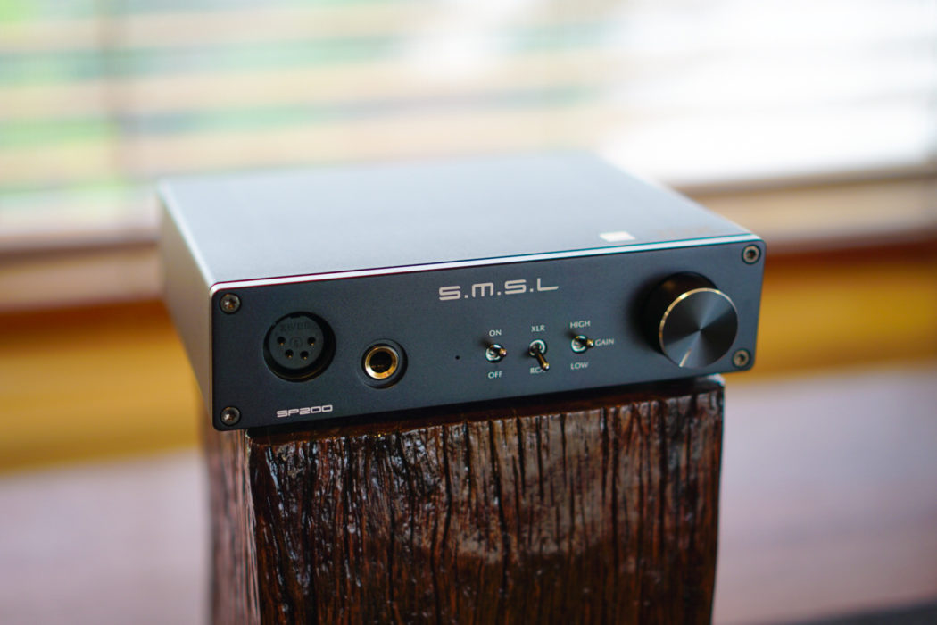 SMSL SP200 THX AAA 888 headphone amplifier