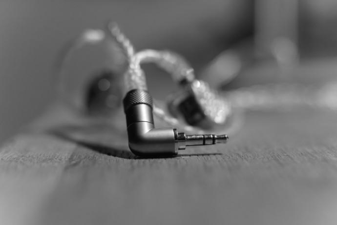 fiio-fa9-headfonia